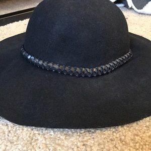 H&M black floppy hat